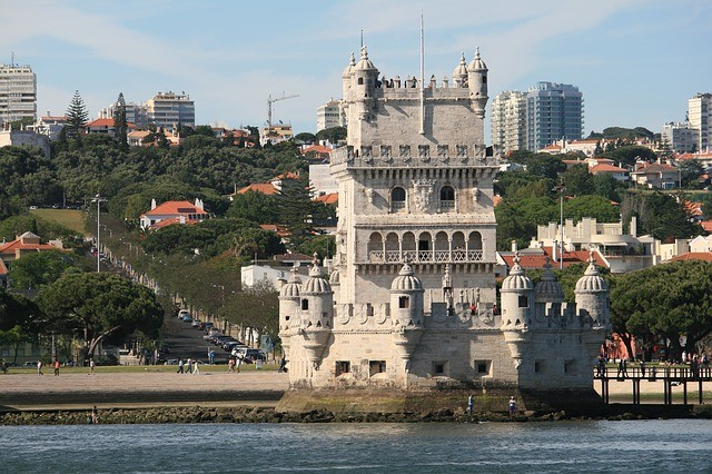 belem-tower-349141_640