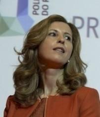 Dr Paula Peres