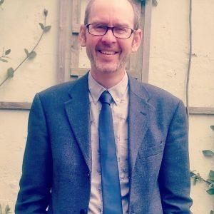 Dr Peter McLuskie